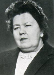 КАРШИНА Лидия Евстафьевна (1901 - 1975) гигиенист, доктор медицинских наук (1957), профессор (1958), заведующая кафедрой общей гигиены (1938 - 1970), ректор АГМИ (1942-1945)