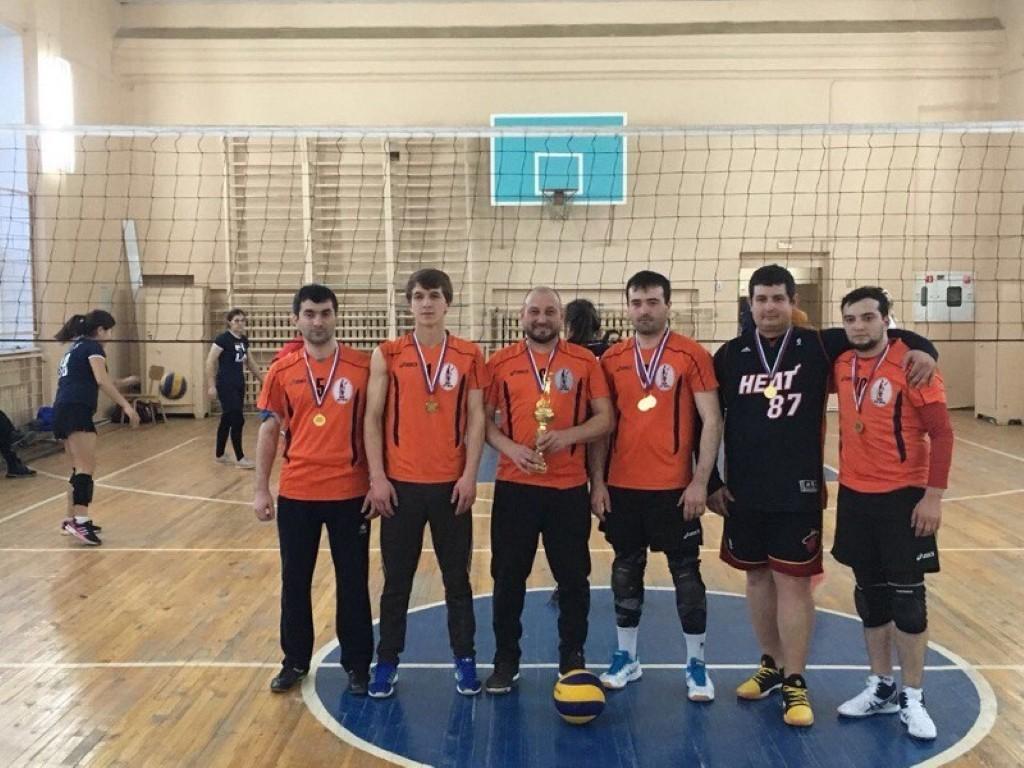 Кубок по волейболу среди сотрудников и студентов Астраханского ГМУ