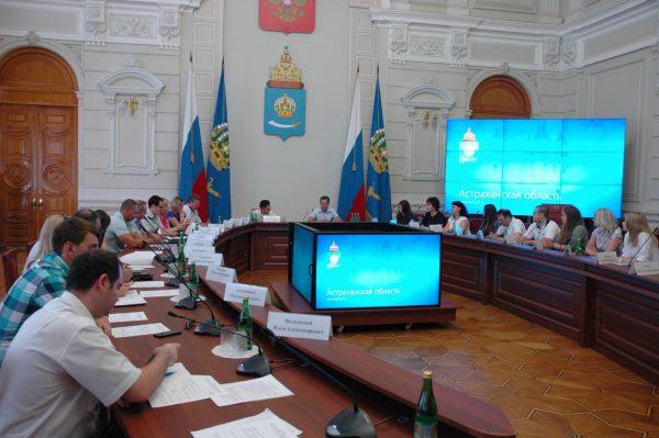 Молодые ученые Астраханского ГМУ представили свои проекты на совещании у Губернатора