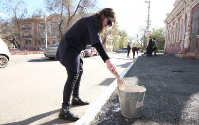 Студенты Астраханского ГМУ приняли участие в общегородском субботнике