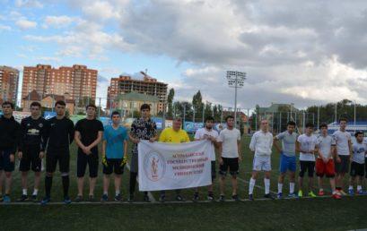 Первокурсники лечебного  факультета одержали победу в футбольном матче!
