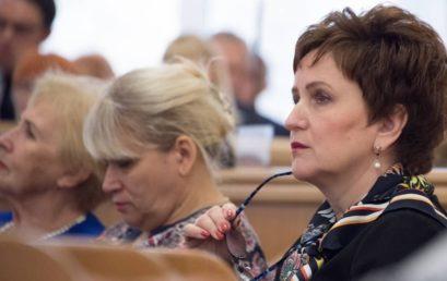 Ректор Астраханского ГМУ О.А. Башкина выступила в прениях о необходимости решения актуальных проблем здравоохранения