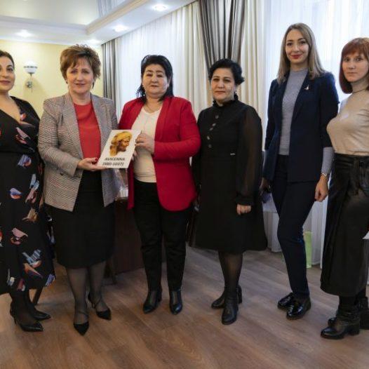 В Астраханском ГМУ радушно приняли гостей из Узбекистана