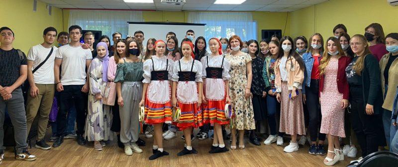 Первокурсники приобщились к культурной жизни города Астрахани